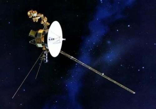 El largo viaje del Voyager 2 hacia las estrellas