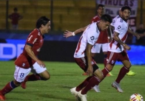 River Plate derrotó a Nacional por 1 a 0