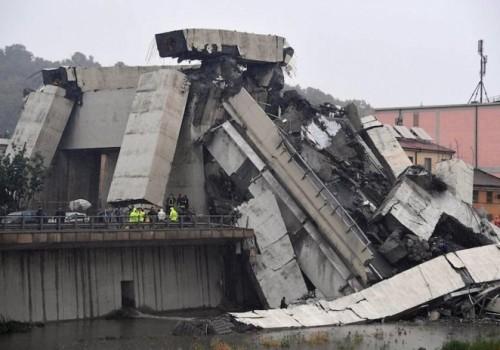 35 muertos al desplomarse el puente Morandi