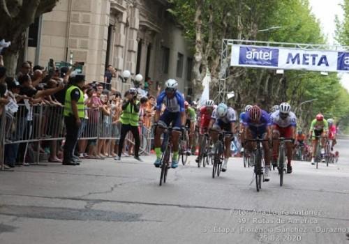 Agustín Moreira gana la tercera etapa y Anchieri sigue malla…