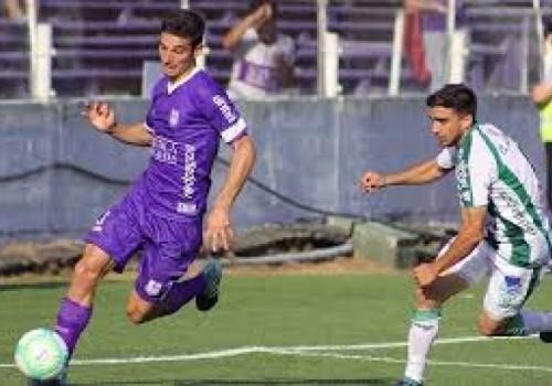Defensor Sporting goleó a Racing por 4 a 0