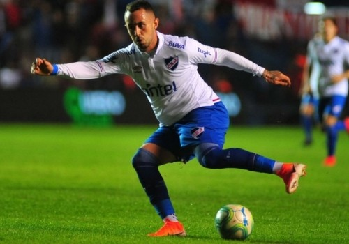 Nacional derrotó a Rampla Juniors por 3 a 0 en Maldonado