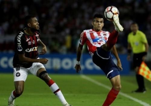 Junior y Atlético Paranaense empataron 1 a 1