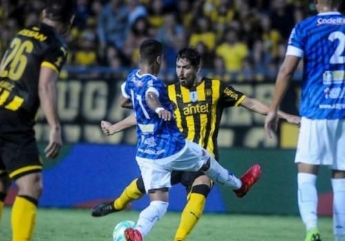 Peñarol no pudo con Juventud: empate sin goles en el…