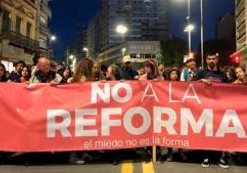 """Hubo marcha de """"No a la reforma"""" por 18 de…"""