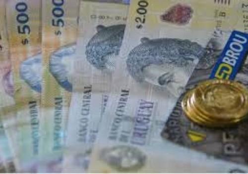 Aumenta el salario mínimo nacional a 15 mil pesos