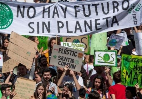 Marcha global por el clima en varios departamentos este viernes