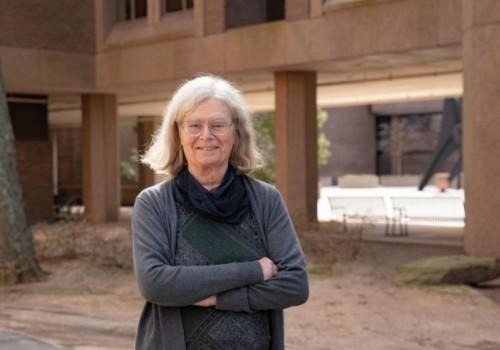 Karen Uhlenbeck recibe el Premio Nobel de matemáticas