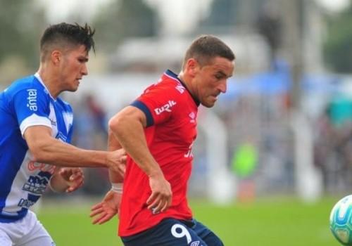 Nacional venció a Juventud 2-0 y se acercó en la…