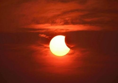 Jornada de observación del eclipse de sol en Plaza Virgilio