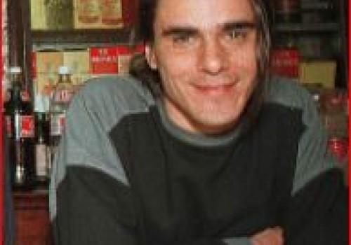 Adiós a Renzo Teflón, uno de los pioneros del rock…